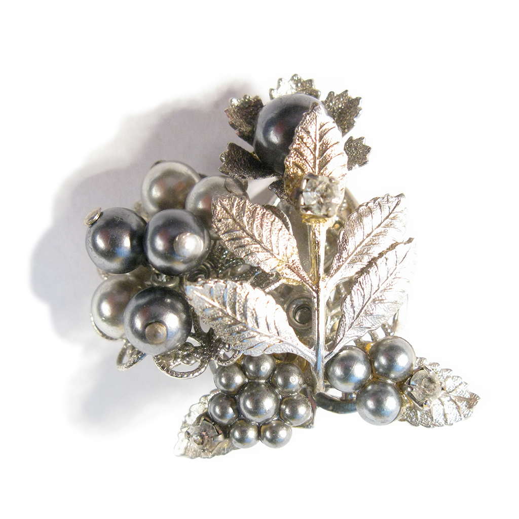 Blackberry Ornament Boutonniére / Lapel Clip