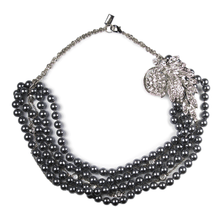 Load image into Gallery viewer, The Lustrous Noir Pearl Necklace