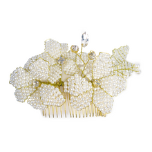 Load image into Gallery viewer, Golden Pearl Magnolia Head Comb