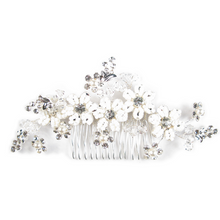 Load image into Gallery viewer, White Matrimony Bouquet Heirloom Head Comb