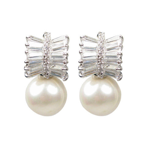 Deco Pearl & Baguette Splendor Diamontage™ 3.36 Carats Earrings