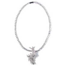 Load image into Gallery viewer, Floral Fortuna Diamontage™ 23.4 Carat Necklace