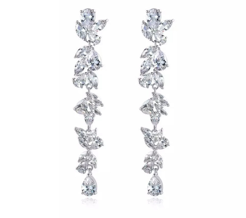 Garden of Love Diamontage™ 9.85 Carat Earrings