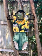 Load image into Gallery viewer, WOMENS Olive & Sunflowers DELTA