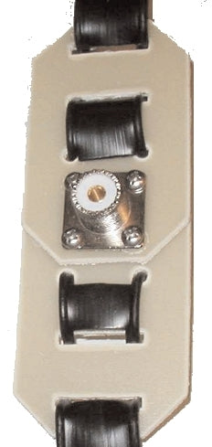 MFJ-16F01, MID FEED POINT LADDER LINE INSULATOR W/SO-239