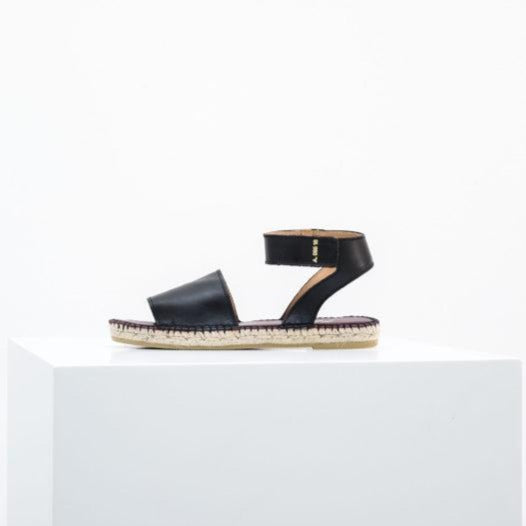 Alvesta Leather Espadrilles Black