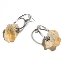 Load image into Gallery viewer, Orange Calcite Circle Earring