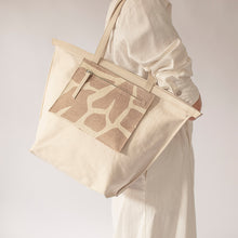 Load image into Gallery viewer, V3 Variable Canvas tote bag with leather pocketbag / small SAND