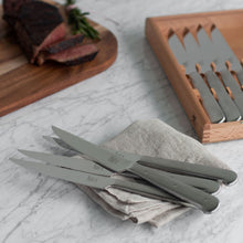 Load image into Gallery viewer, 8pc Steak Knife Set