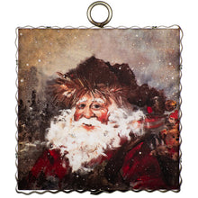 Load image into Gallery viewer, Vintage Santa Charm