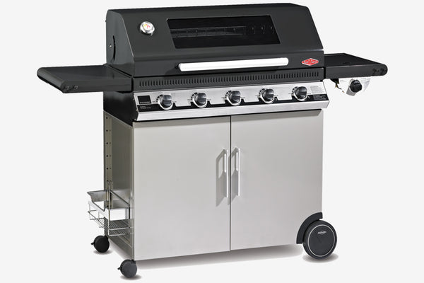 Beefeater Discovery 1100E 5 Burner Mobile BBQ Clearcut