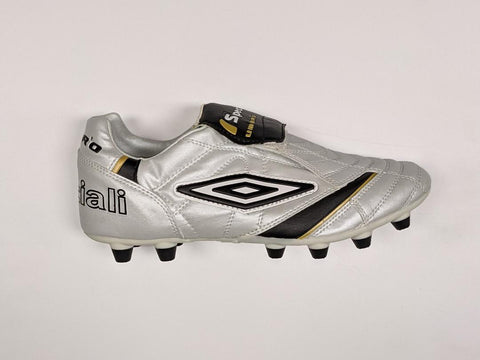 Umbro Men's Speciali League HG Soccer Shoes