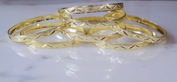 Triangle Design Gold Plated 7 Bangle Set