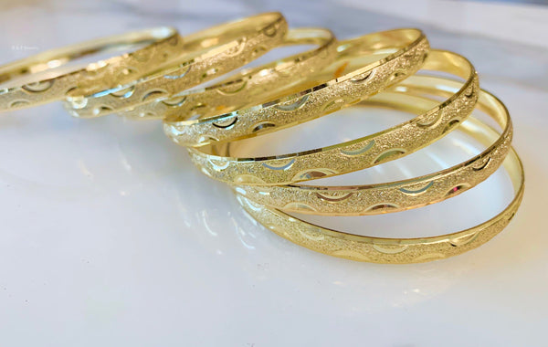 Crescent Design Gold Plated 7 Bangle Set