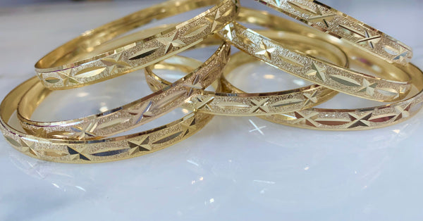 Yellow Gold Plated Star Design 7 Bangle Set