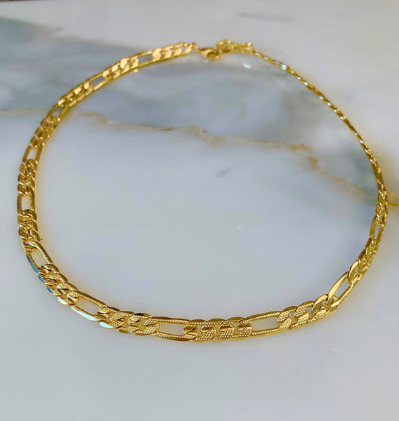 Gold Plated 18 Inch Thick Figaro Chain With Textured Detailing