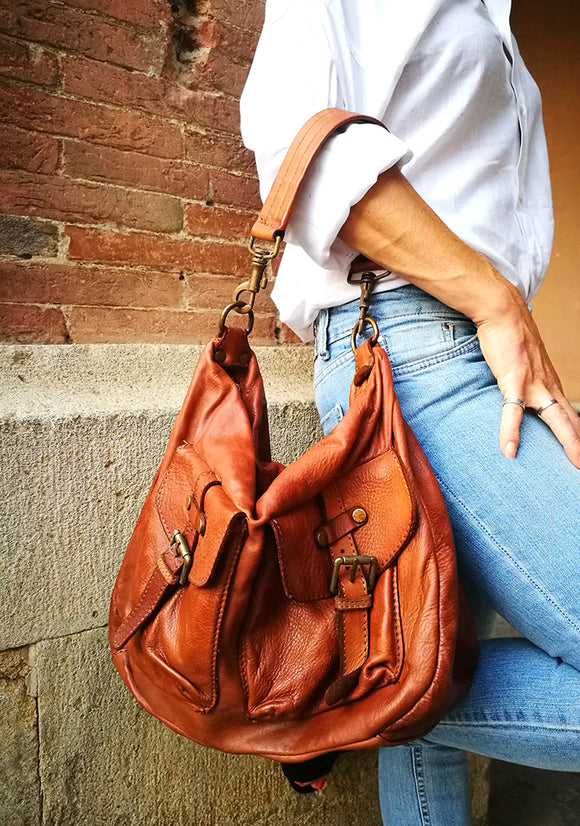 Leather shoulder bag with pockets MELISSA - Republica Toscana Bags