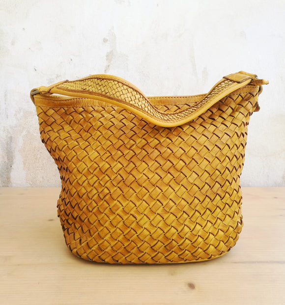 woven-leather-bag-diana-yellow-front