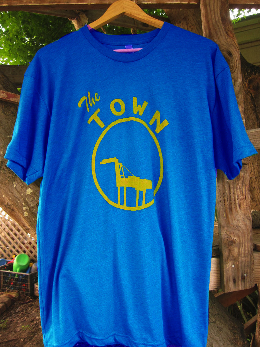 The Town Shirt in Heather Lake Blue
