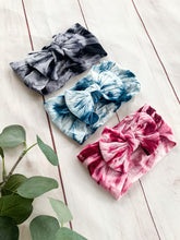 Load image into Gallery viewer, The Faith- Nylon Tie Dye Bow