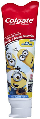 Minions Toothbrush & Toothpaste Bundle: 3 Items - Colgate Powered Toothbrush, Fluoride Toothpaste, Kids Character Rinse Cup