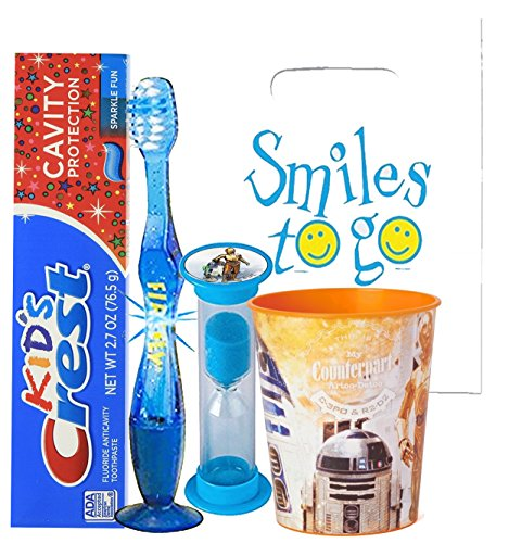 Star Wars C-3P0 & R2-D2 4pc Bright Smile Oral Hygiene Bundle! Light Up Toothbrush, Toothpaste, Timer & Rinse Cup! Plus Bonus Tooth Necklace