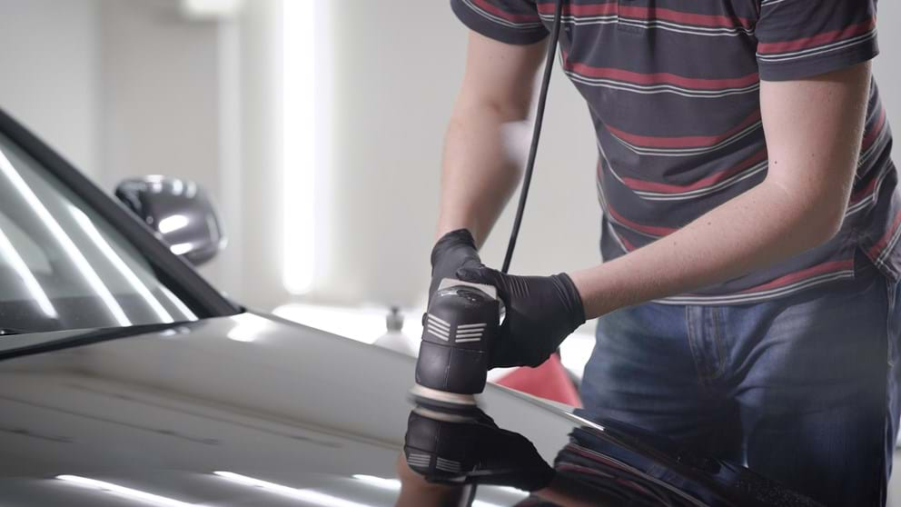 why and when to wax a car with an electric buffer or orbital - turtle wax guide to waxing a car