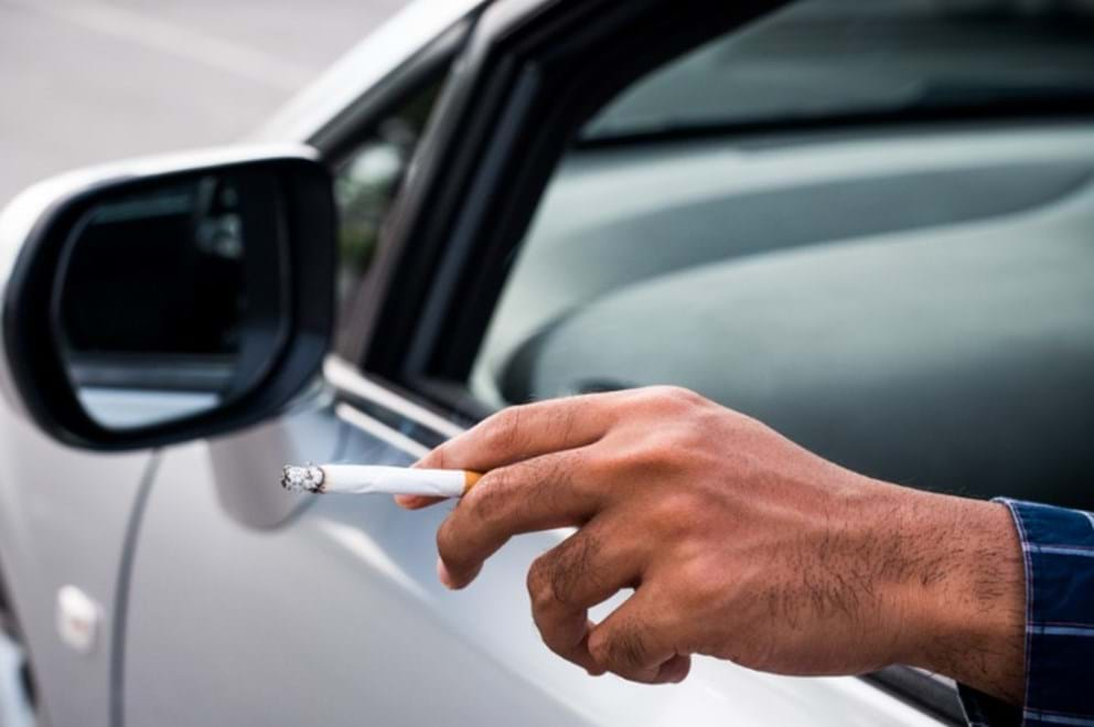 how-to remove cigarette smell from your car - turtle wax - smoke odor