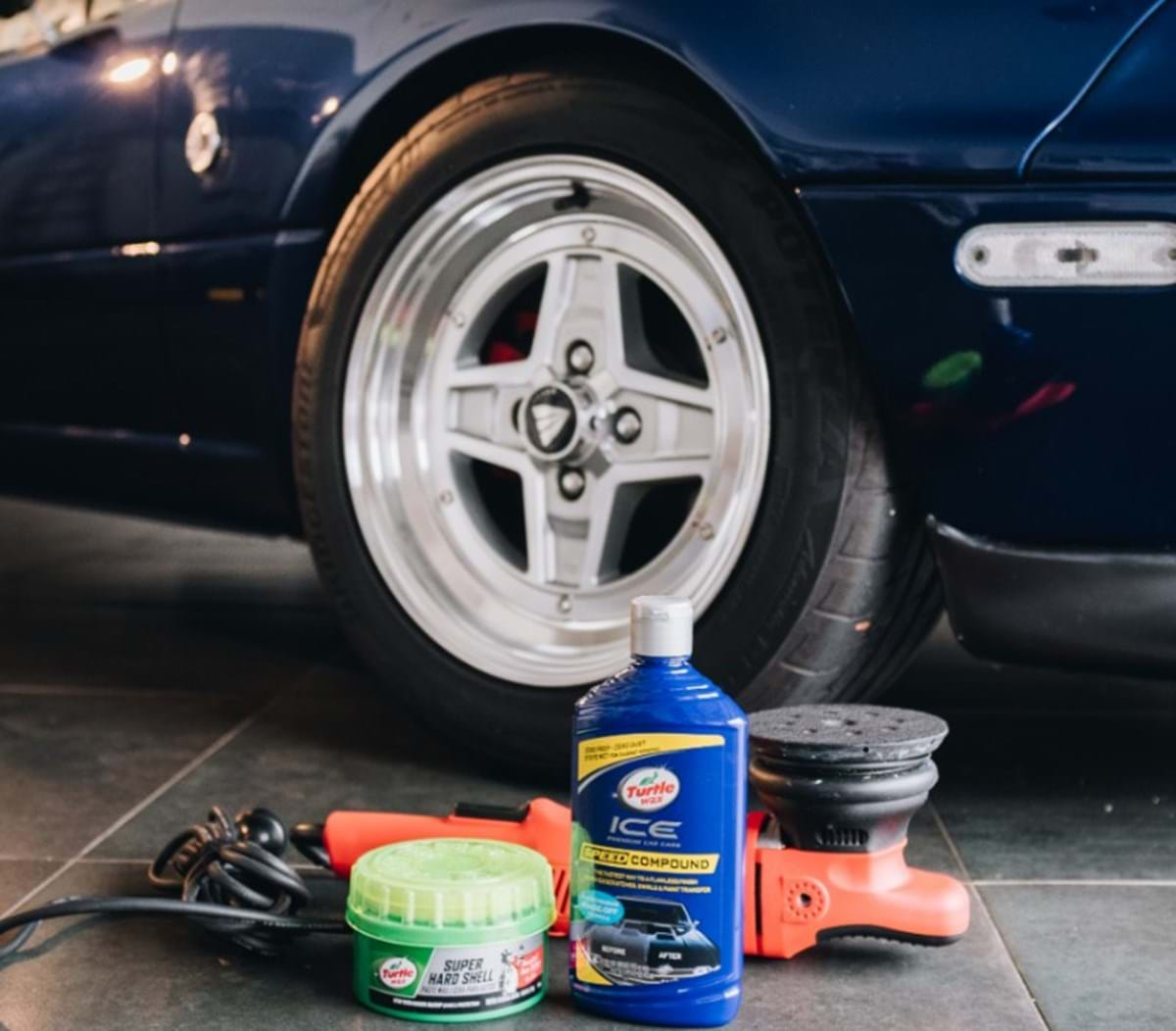 how-to compound a car at home - turtle wax - when to use a polishing compound