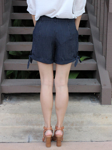Side Bow Striped Shorts
