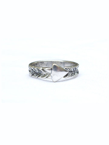 Single Spear Ring