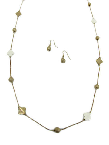 White and Gold Clover Necklace and Earrings Set