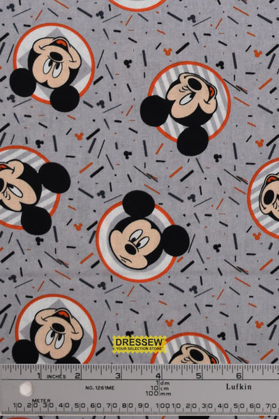 Mickey Mouse Confetti Party