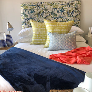 Navy Throw - Linen & Myrrh