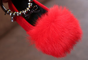 red faux fur pump