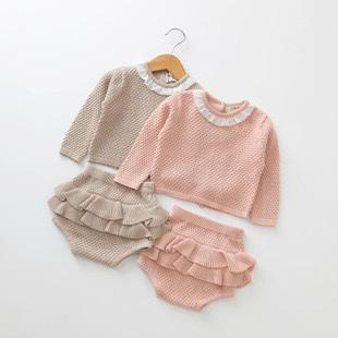 Newborn frill bloomer set