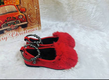 Load image into Gallery viewer, Fluffy red loafers