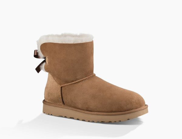 W UGG MINI BAILEY BOW
