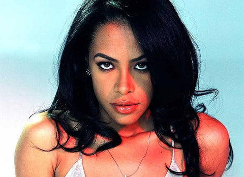 aa3ccb01 Aaliyah: The R&B Singer Who Likes to Wear it Loosely as in a Jersey