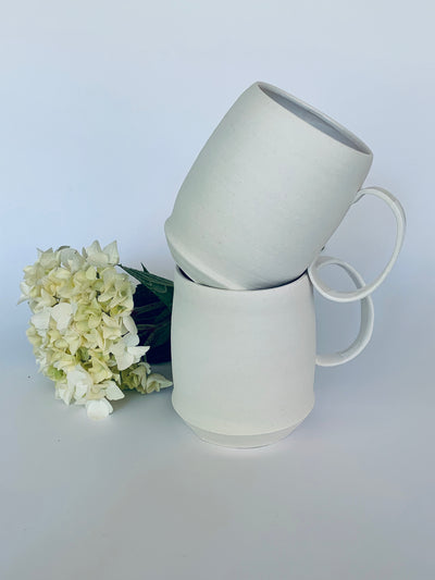 Simple Porcelain Handmade Pottery Mugs