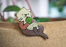 Load image into Gallery viewer, Lapel Pin - Green Shell Otter