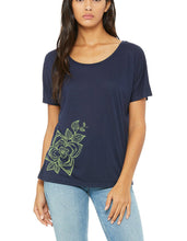 Load image into Gallery viewer, Dogwood Ladies Handprinted Flowy Tee
