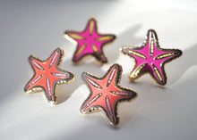 Load image into Gallery viewer, Lapel Pin - Tiny Peach Starfish