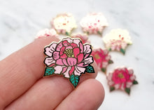 Load image into Gallery viewer, Lapel Pin - Peony