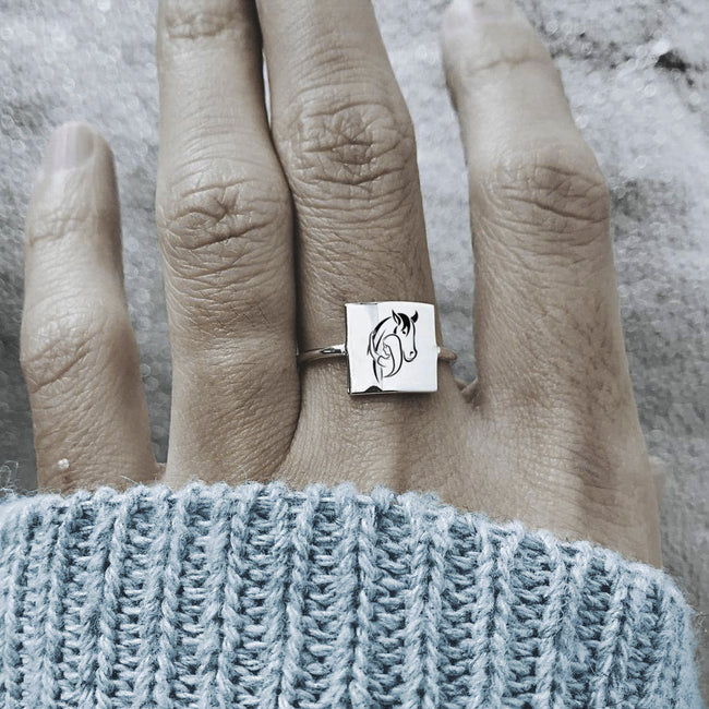 S925 Sterling Silver Horse And Girl Ring