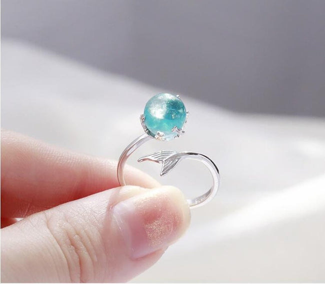 Mermaid Ring, Blue Mermaid Tears Ring, Silver Mermaid Ring, Color Shifting Ring, Ocean Ring, Pisces Ring, Surfer Jewelry