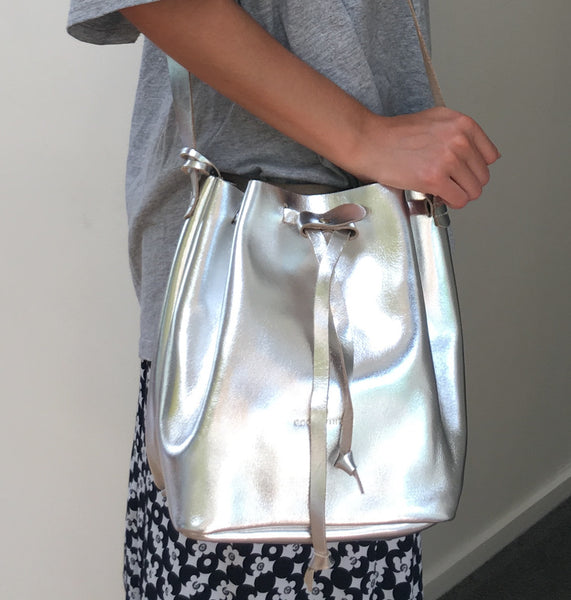 GW2 Bucket Bag Medium Silver