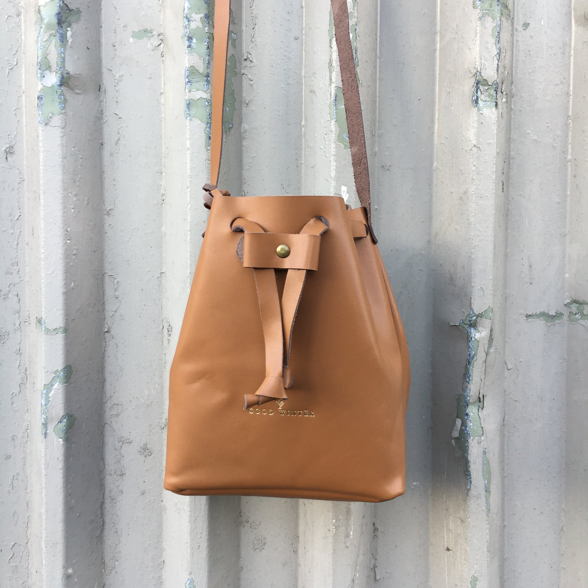 GW1 Bucket Bag Small Tan