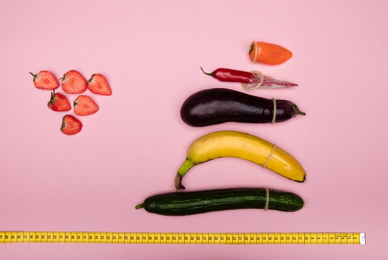 Different factors that affect penis size demonstration with fruit