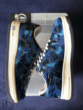 Load image into Gallery viewer, Bape Blue Camo Leather Bapestas 9.5